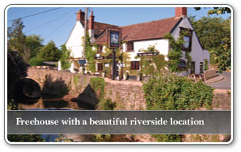 Freehouse with beautiful riverside location